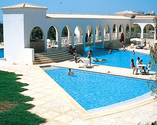Timeshares for sale at Clube Vilarosa, Portugal - B16