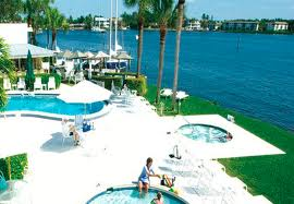Charter Club Resort of Naples Bay, USA
